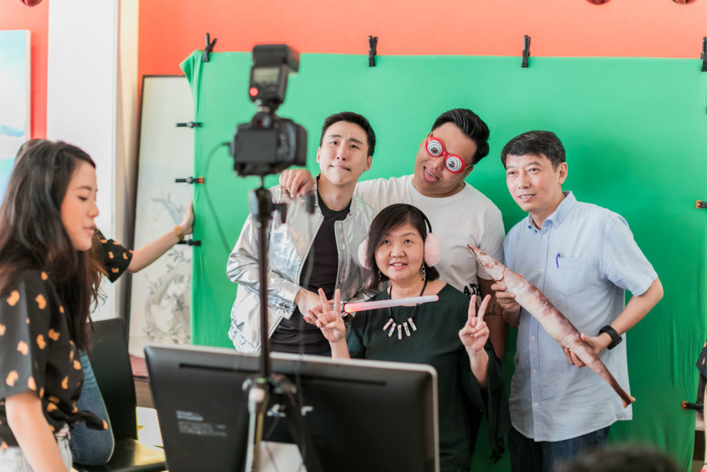 Professional Photo Booth with reasonable price in Singapore
